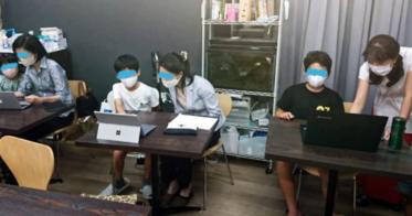 凛凛/女性向けプログラミングスクール「GeekGirlLabo(ギークガールラボ)」、子供向け学習塾「浜崎アカデミー」とのコラボイベント「親子で学ぼう!プログラミング体験 in 浜崎アカデミー」を開催